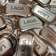 Kľúčenka s vygravírovaným logom LADA  28ff2c6f8a5